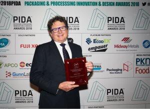 Versapak's Australian & New Zealand distributor 'RollsPack' receives prestigious fellowship award