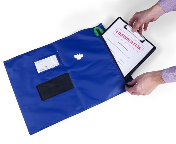 wallet securing confidential document